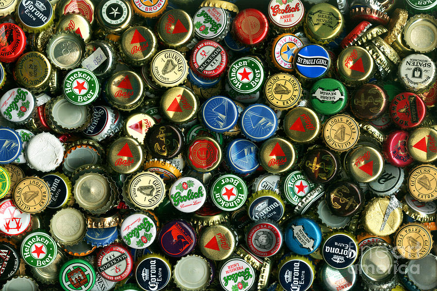 pile-of-beer-bottle-caps-8-to-12-proportion-wingsdomain-art-and-photography.jpg