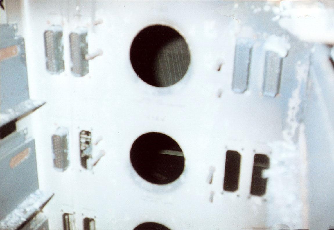 851SMS-4C_16 Target Cabinet Interior