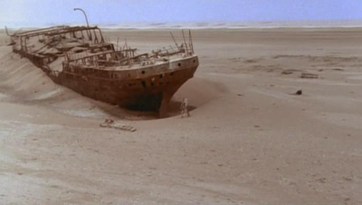 Steel Dawn: Derelict ship